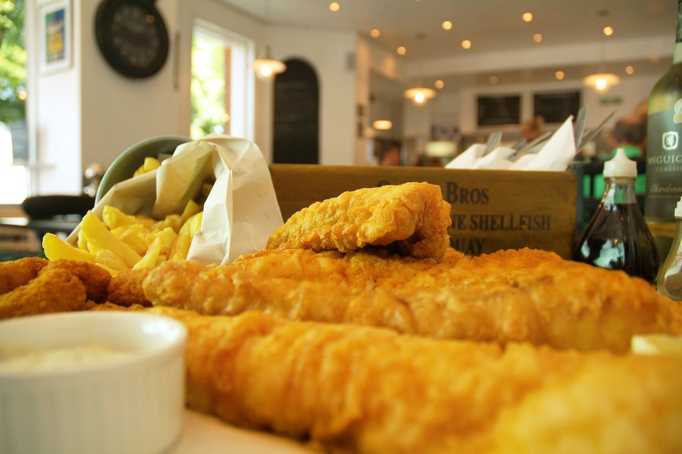ARE YOU A FISH AND CHIPS LOVER??